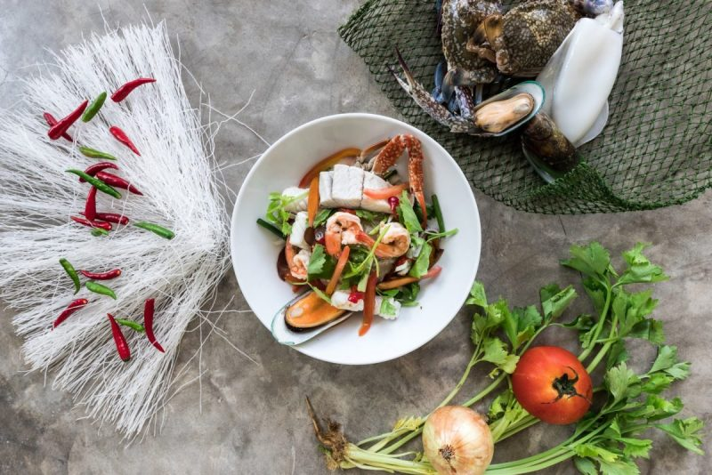 Spicy Glass noodle Salad with Seafood